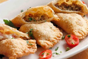 empanadas-chicken-beef-shrimp-appetizers-300x200